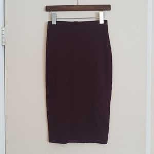 Wilfred Lis burgundy stretch pencil skirt